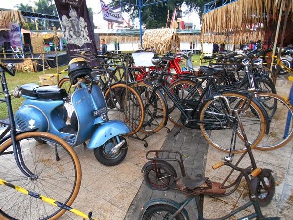 Sepeda Onthel Kuno VOC